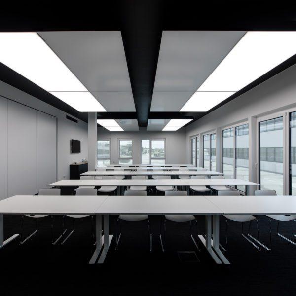 180228 1438 interpanel wahlgruppe freigestellte Fenster Licht außen 600x600 - wahl gruppe reutlingen GmbH & Co. KG