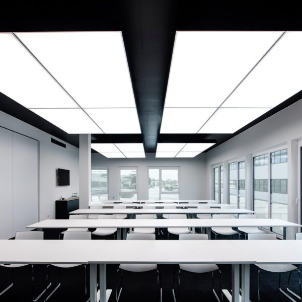 180228 1438 interpanel wahlgruppe freigestellte Fenster Licht voll 3 600x600 - wahl gruppe reutlingen GmbH & Co. KG