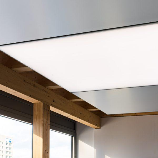ABW Architekten Heiz Kühldecke mit Licht und Akustik von interpanel 02 600x600 - ABW Architekten Heinz Binder + Partner