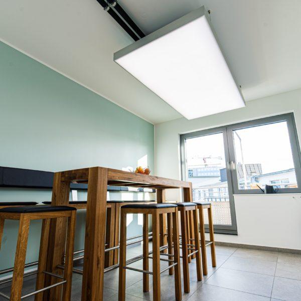 ABW Architekten Heiz Kühldecke mit Licht und Akustik von interpanel 04 600x600 - ABW Architekten Heinz Binder + Partner