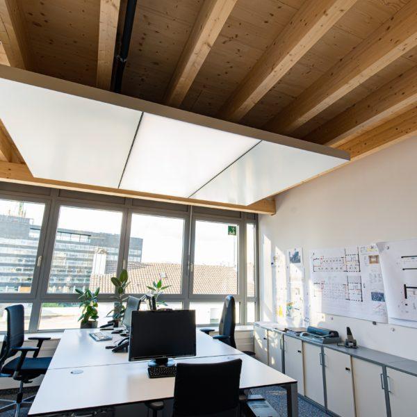 ABW Architekten Heiz Kühldecke mit Licht und Akustik von interpanel 05 600x600 - ABW Architekten Heinz Binder + Partner