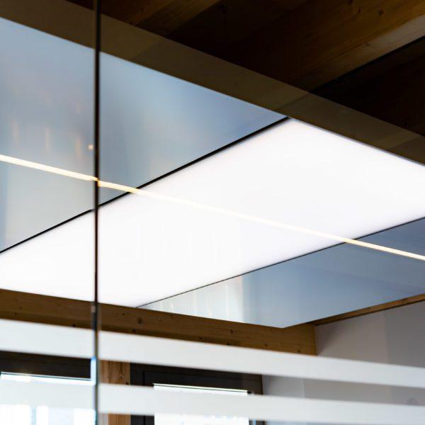 ABW Architekten Heiz Kühldecke mit Licht und Akustik von interpanel 09 600x600 - ABW Architekten Heinz Binder + Partner
