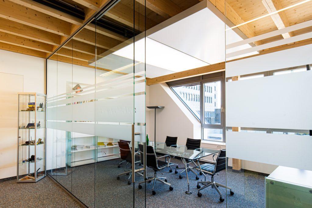 ABW Architekten Heiz Kühldecke mit Licht und Akustik von interpanel 01 1024x683 - interpanel ist ein Gewinner der DGNB Sustainability Challenge 2020!