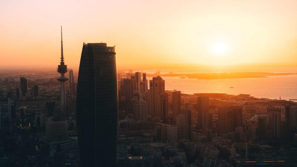 Sonnenuntergang 1024x576 - Biologisch wirksames und circadianes Licht am Arbeitsplatz