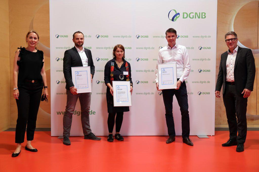 DGNB Pressebild Sustainability Challenge alle Gewinner 1024x683 - interpanel ist ein Gewinner der DGNB Sustainability Challenge 2020!