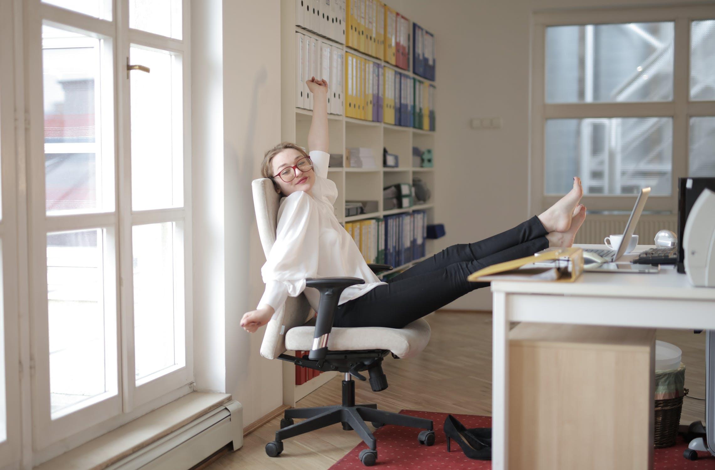 Buero mit Fensterlueftung - Kühlung im Büro nachrüsten