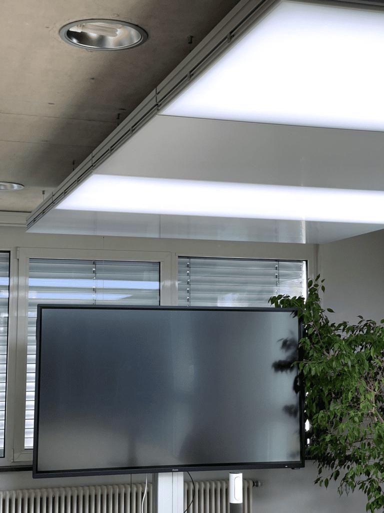 image 18 768x1024 - Heiz-, Kühldecken nachrüsten im Büro - Junk und Reich Architekten